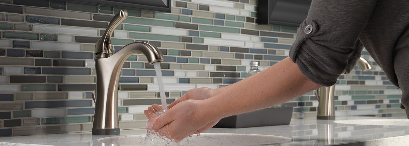 DELTAに手を洗ってもらおう!